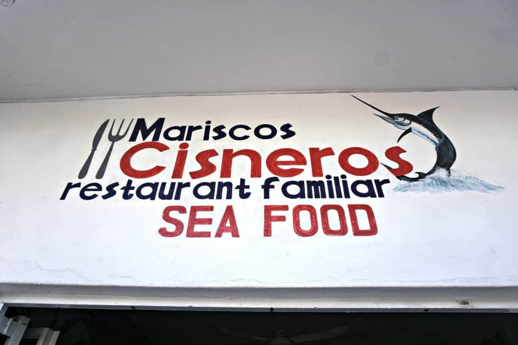Mariscos Cisneros