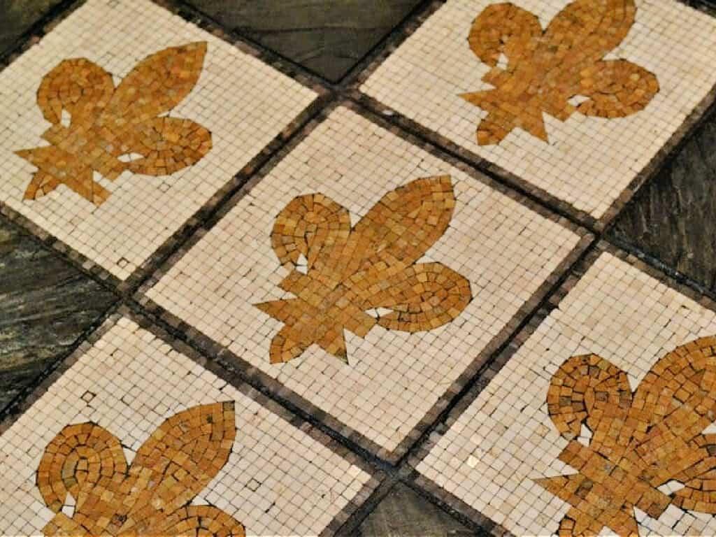 Fleur de Lis mosaic tile floor
