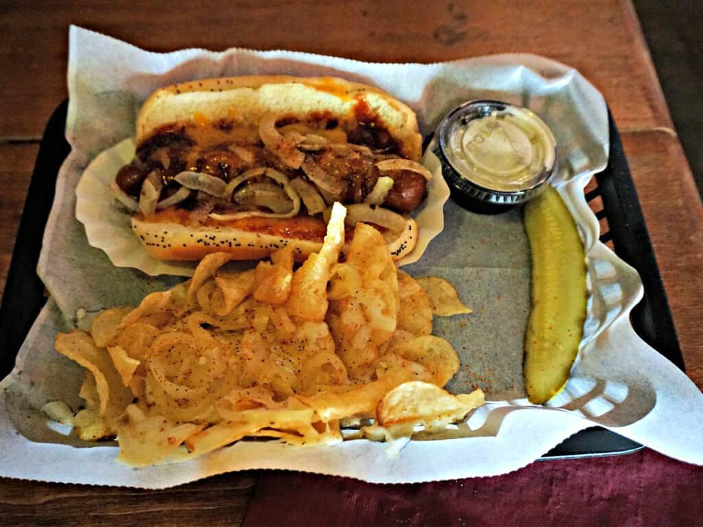 hot dog lunch
