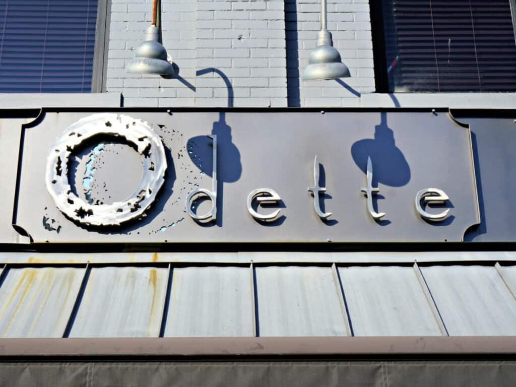 Odette sign
