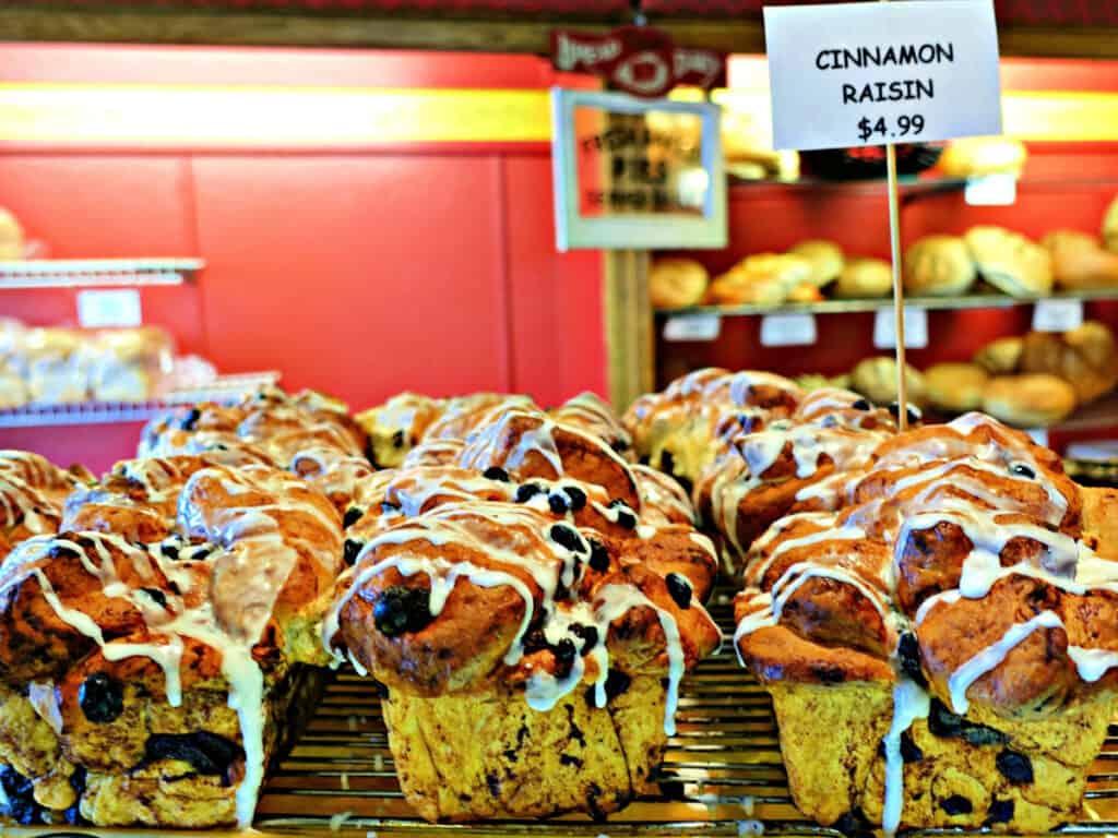 cinnamon raisin loaves
