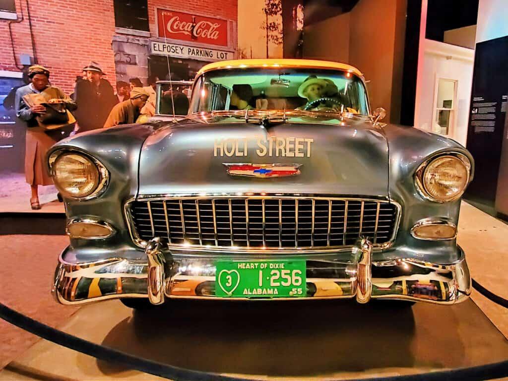 old Holt Street car