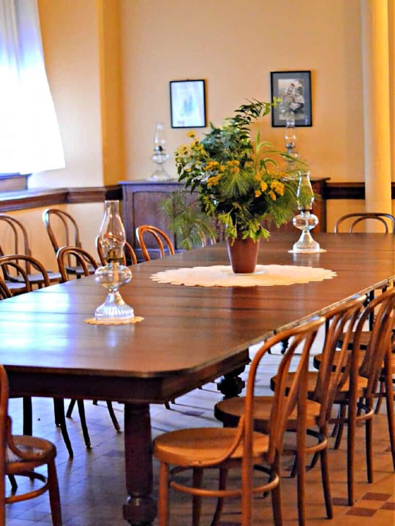 employee dining room