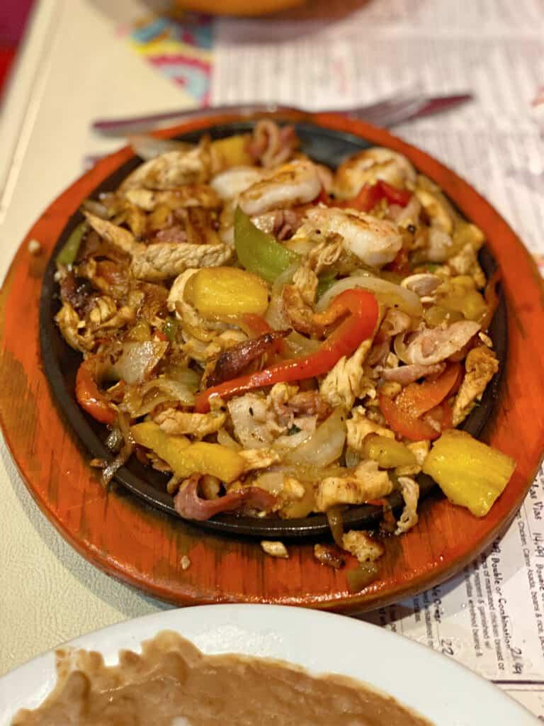 plate of Hawaiian fajitas