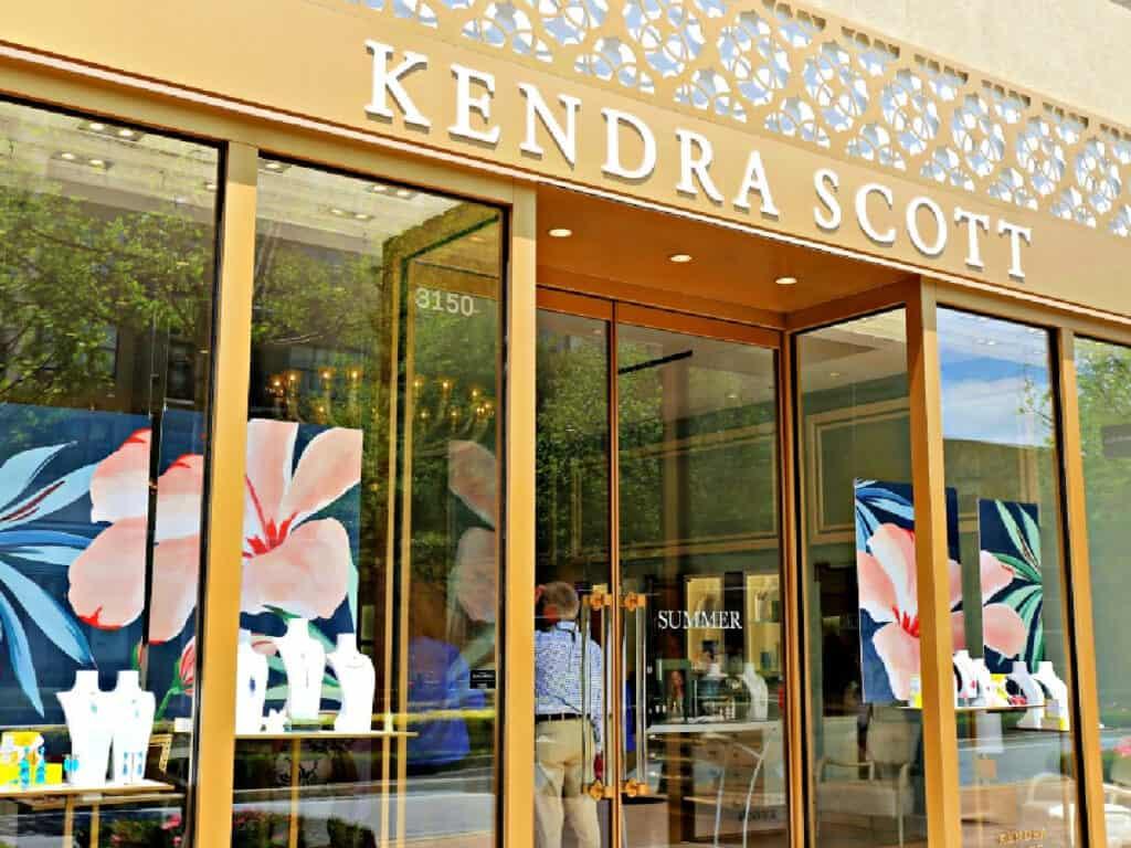 Kendra Scott store front