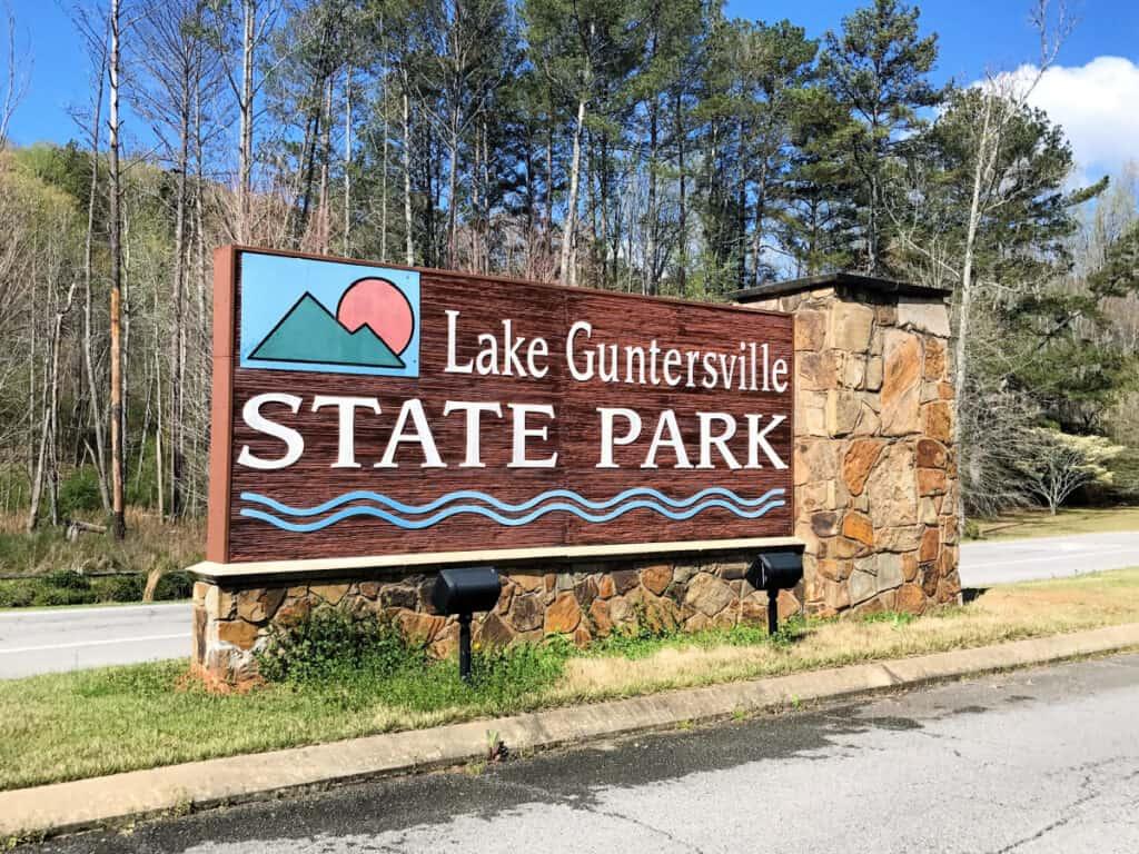 Lake Guntersville State Park sign