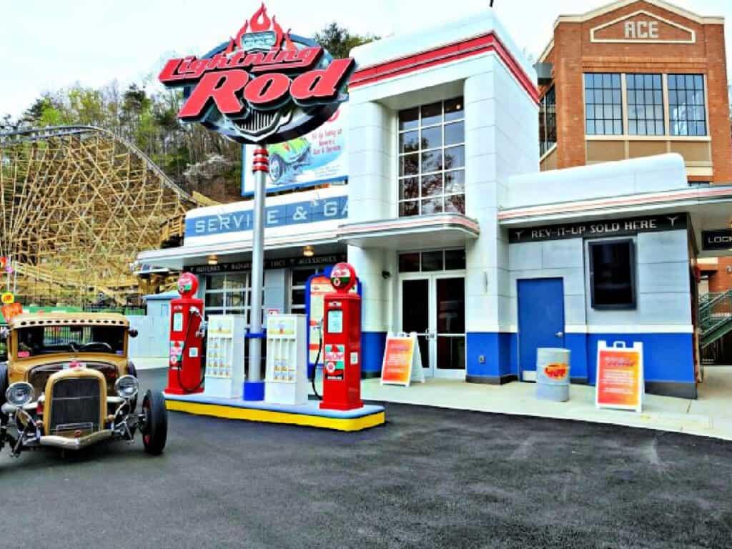 Lightning Rod ride entrance
