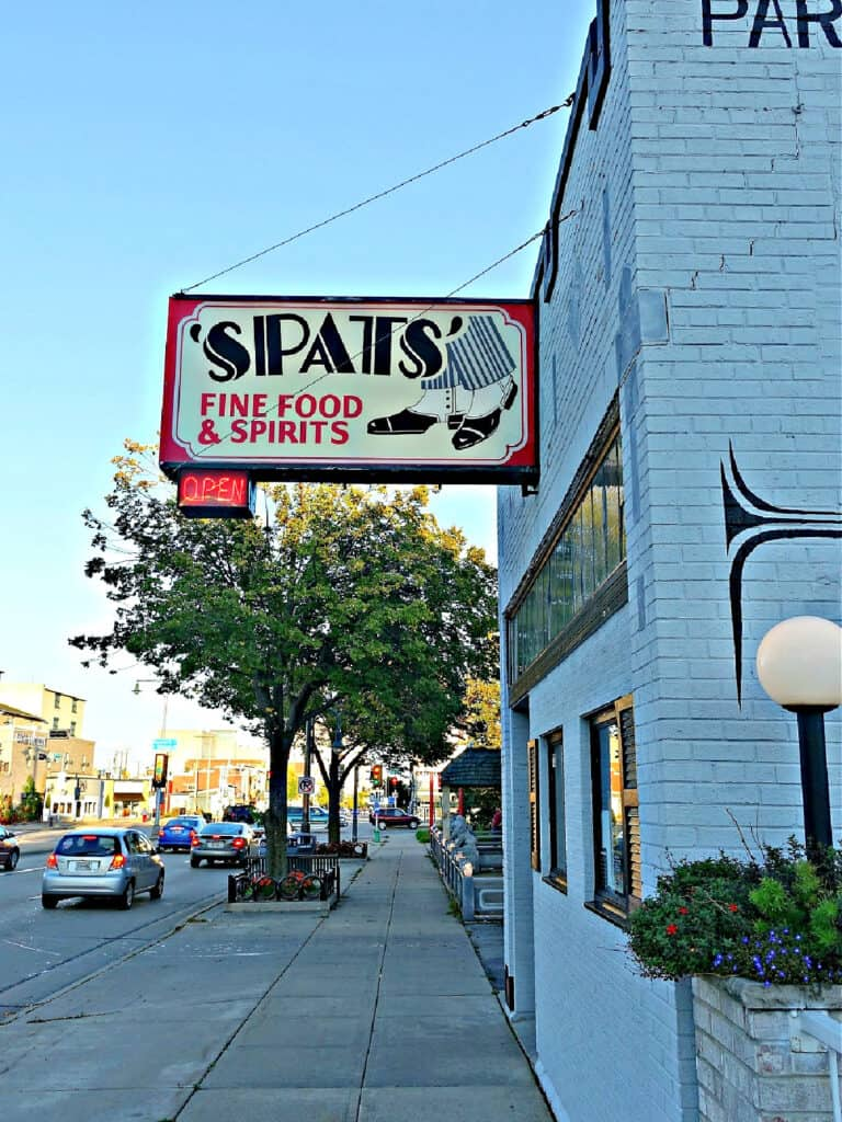 Spats Fine Food and Spirits sign