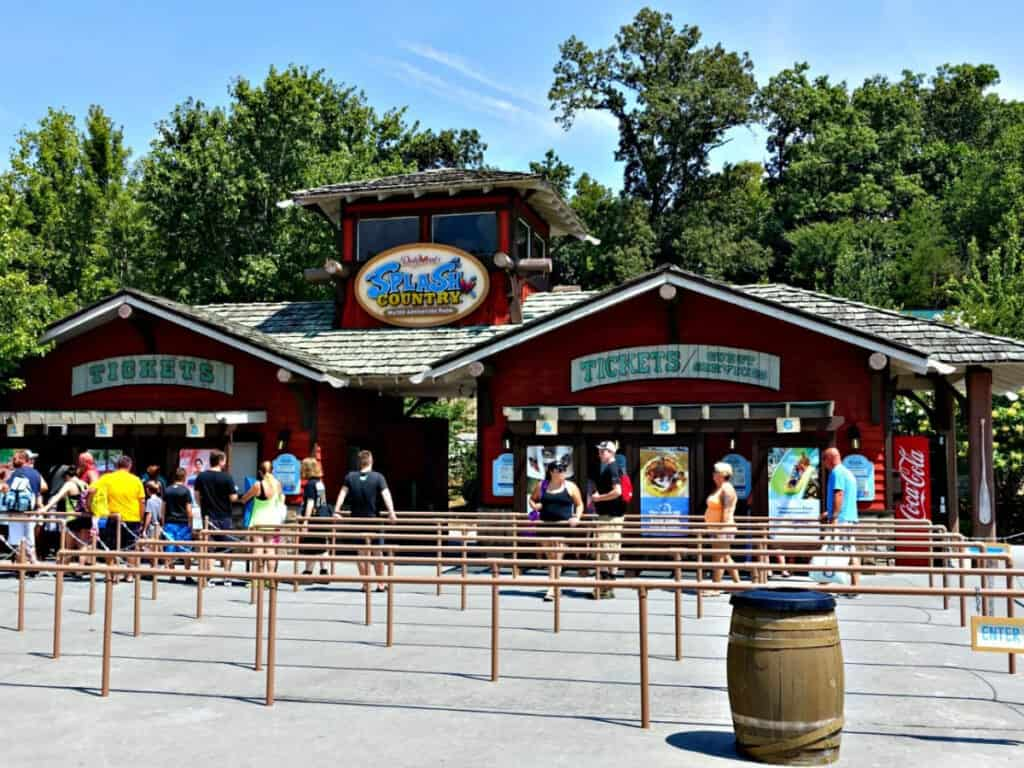 entrance to Dollywood's Splash Country