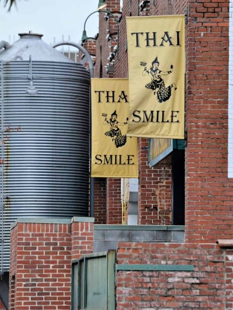 Thai Smile banner