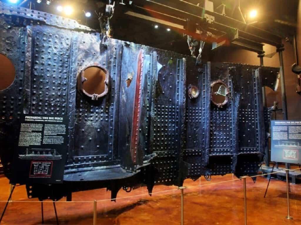 The Big Piece of Titanic debris
