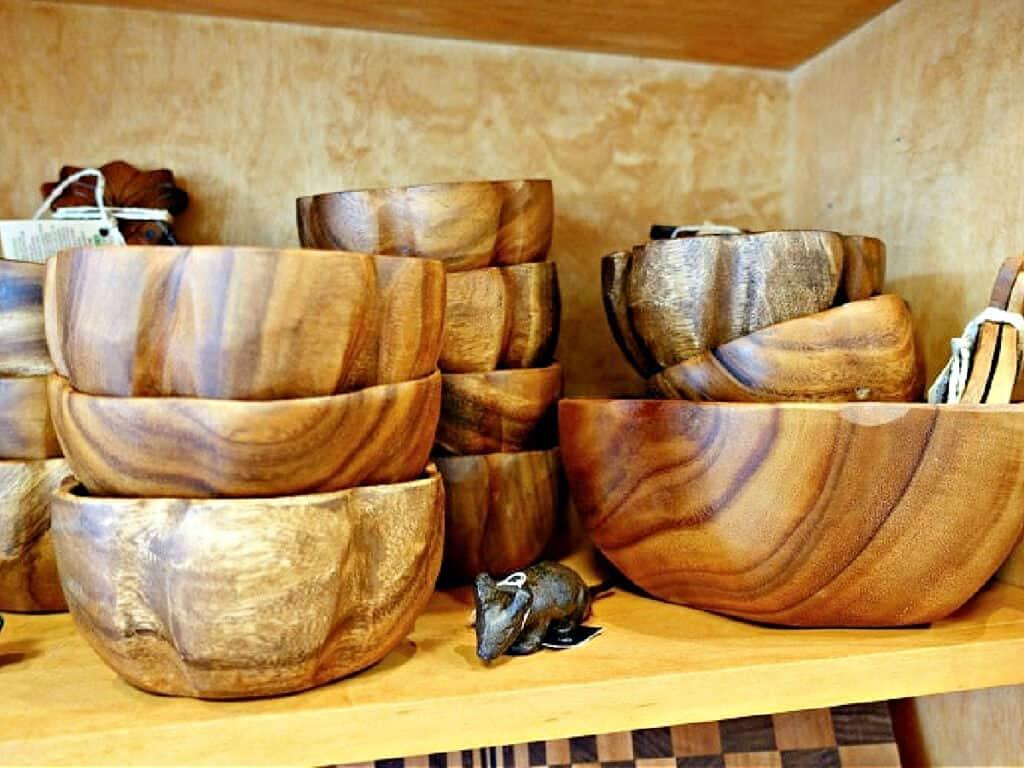 wooden bowls nestled togegther