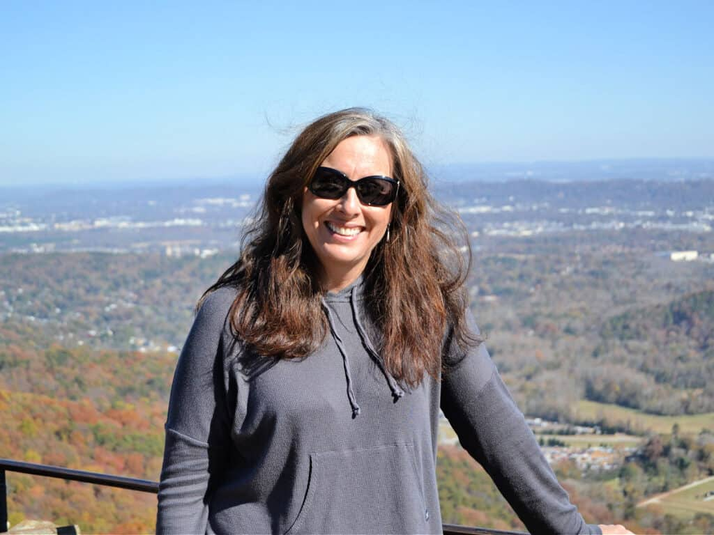 woman in front of Chattanooga overlook