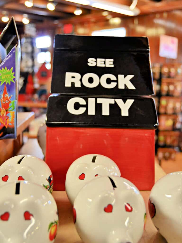 See Rock City birdhouse