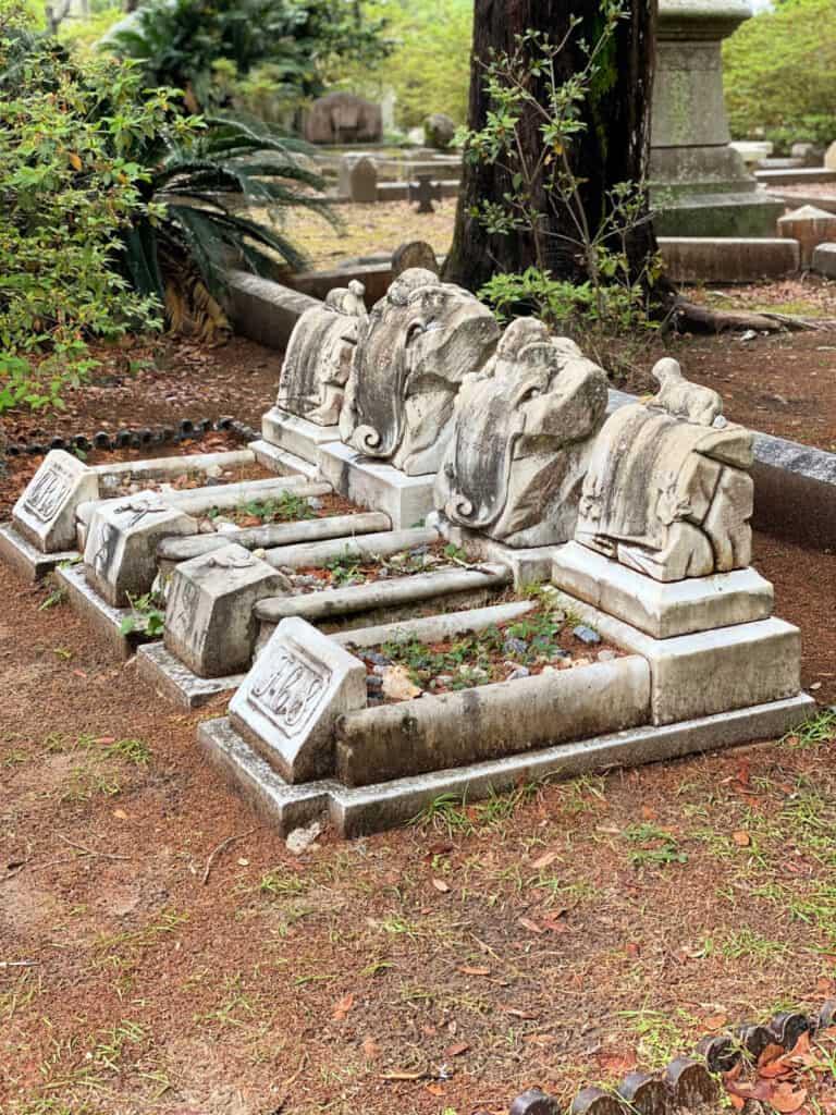 4 infant graves