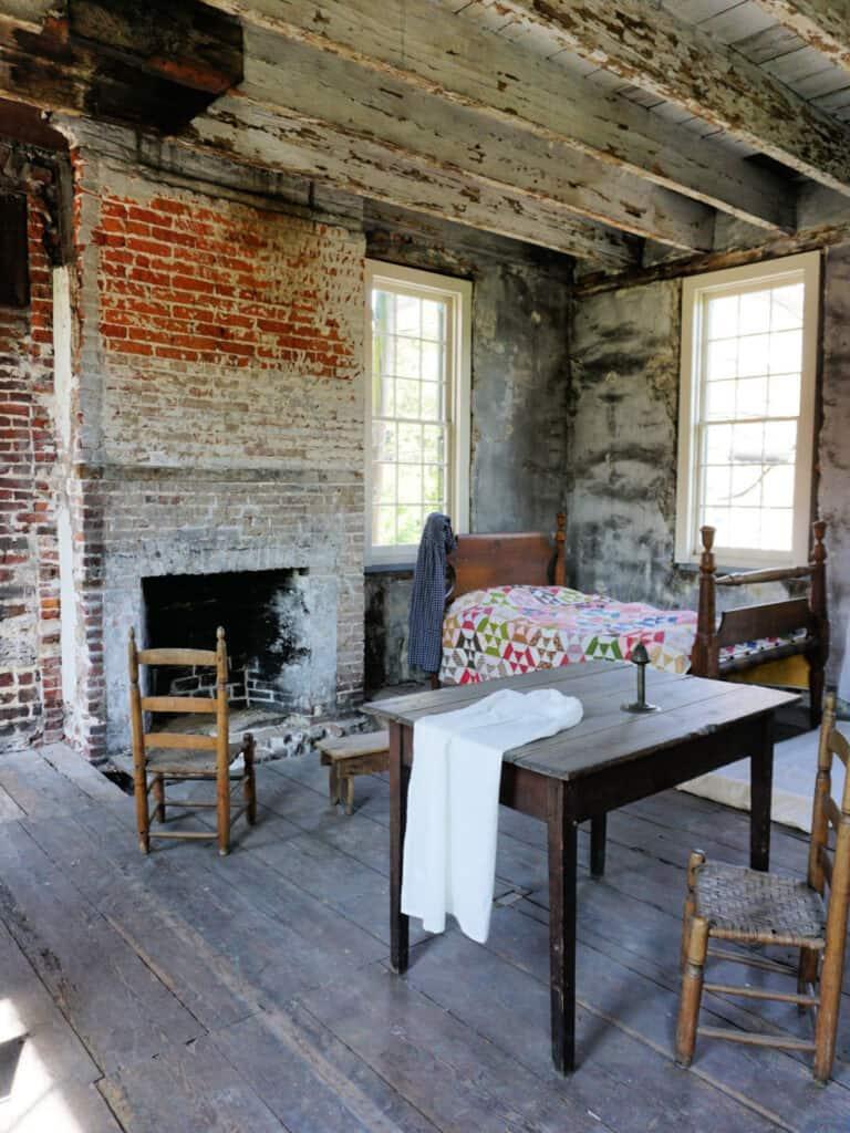 slaves' bedroom at Owens-Thomas house