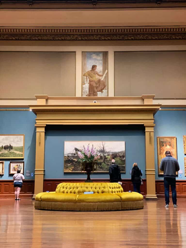 art inside the Telfair museum