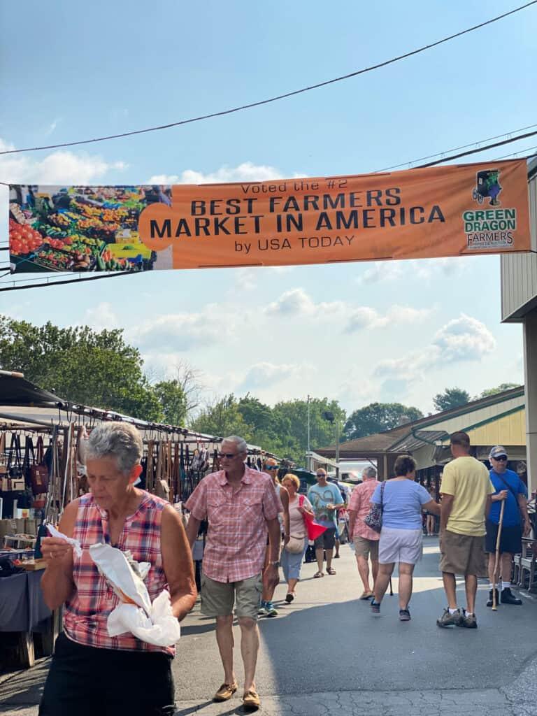 Best Farmers Market in America sign.
